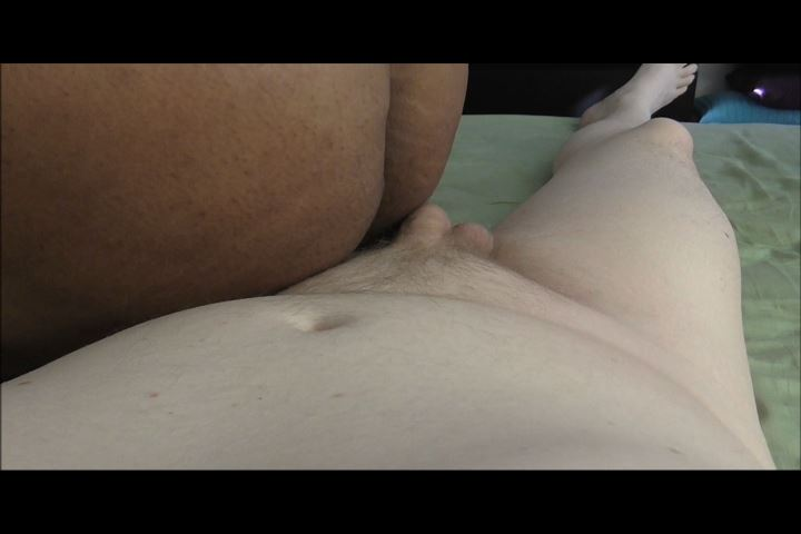 Momdaughter and dad threesome