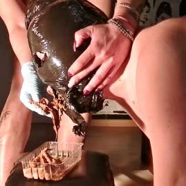 FEEDING SLAVE