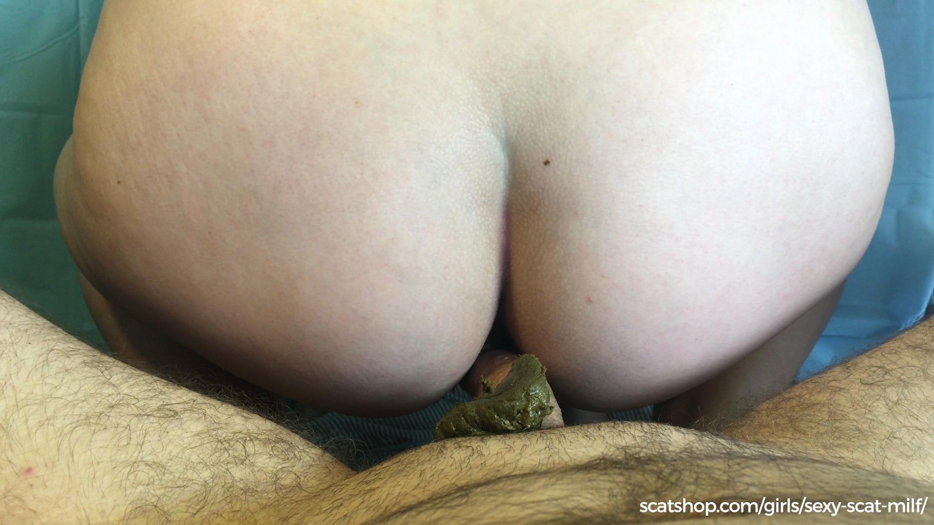Lesbian butt fucker