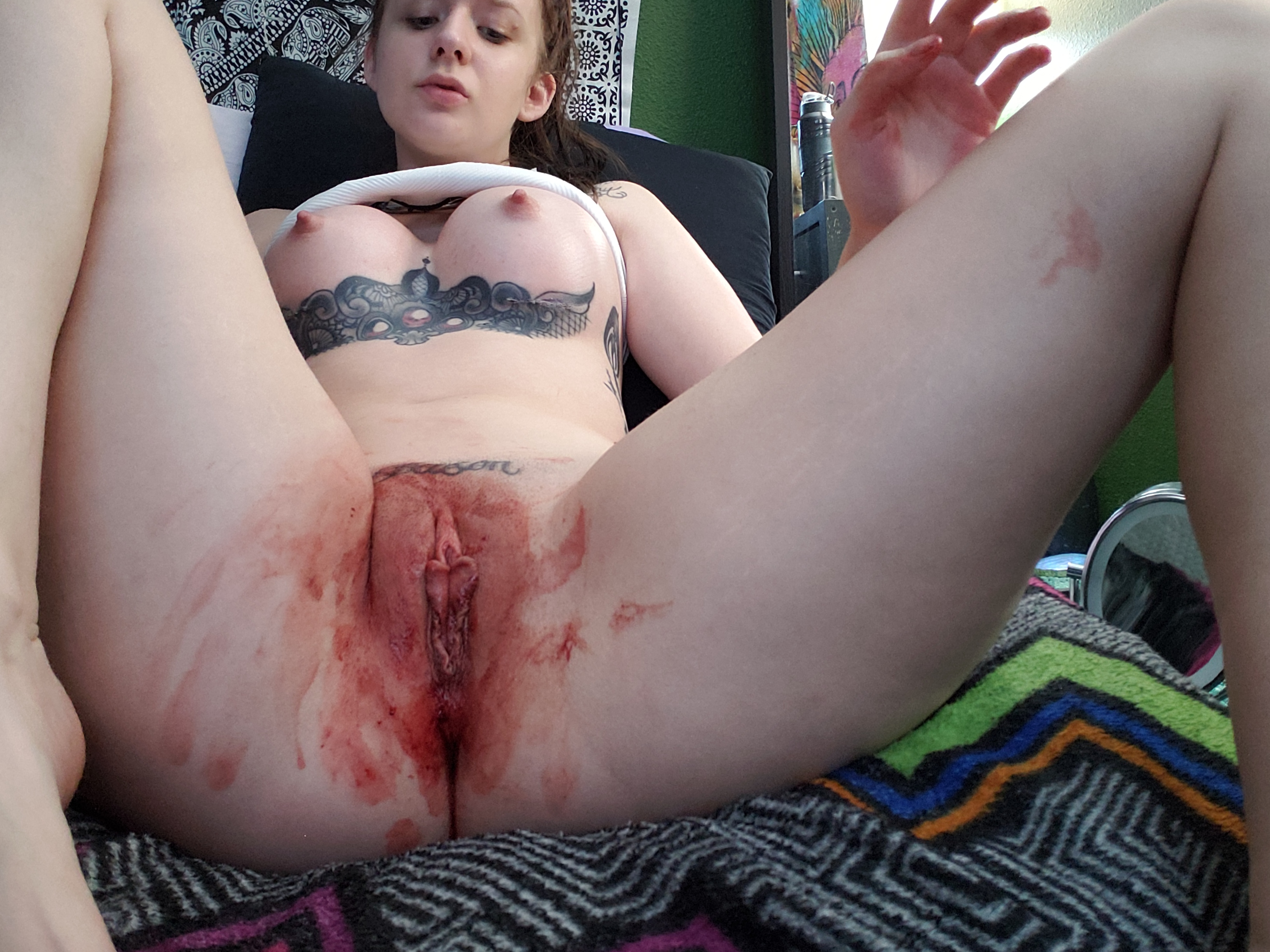 Girl licks bloody pussy, best sex video websites